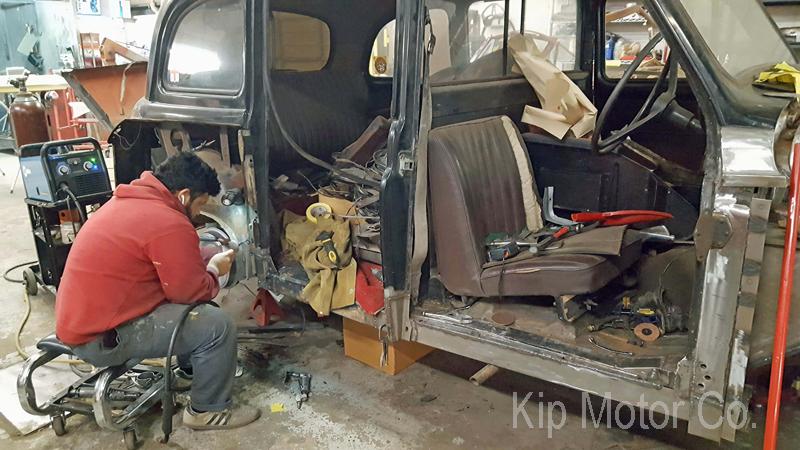 Restoration: 1967 Austin FX4 Taxi