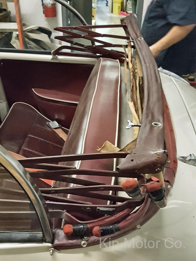 Service – Convertible Top Install: 1960 Morris Minor Tourer