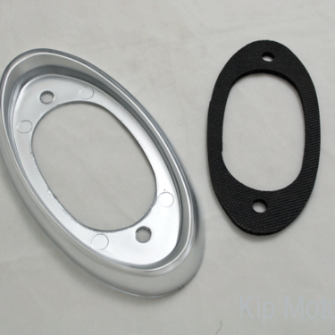 Tail-Lens-Bezel-and-Gasket-